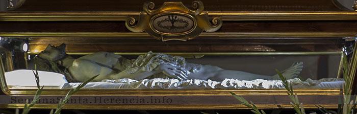 urna-procesion-santo-entierro-herencia